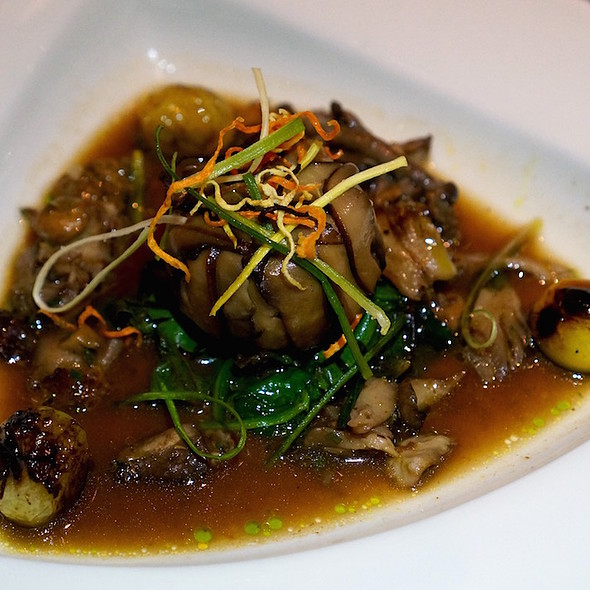 Sautéed wild mushrooms, herbed quinoa, roasted cipollini onions, house-dried tomatoes, wilted spinach, mushroom broth - Mariposa (Deer Valley Resort), Park City, UT