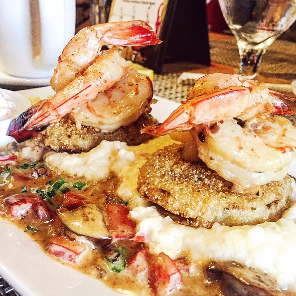 Shrimp and Grits - Croissants Bistro and Bakery, Myrtle Beach, SC