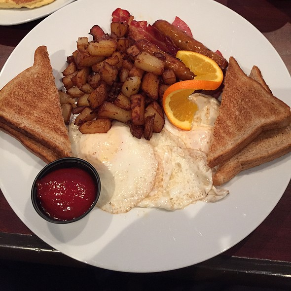 Big Breakfast - The City Grill - Windsor, Windsor, ON
