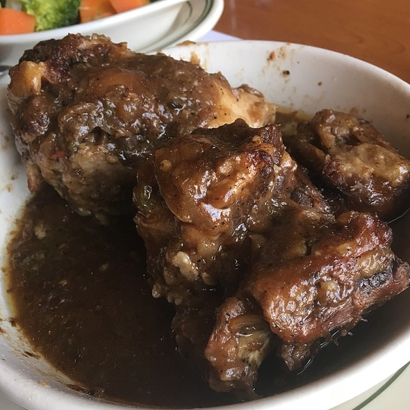 Oxtail Stew @ La Carreta Restaurant