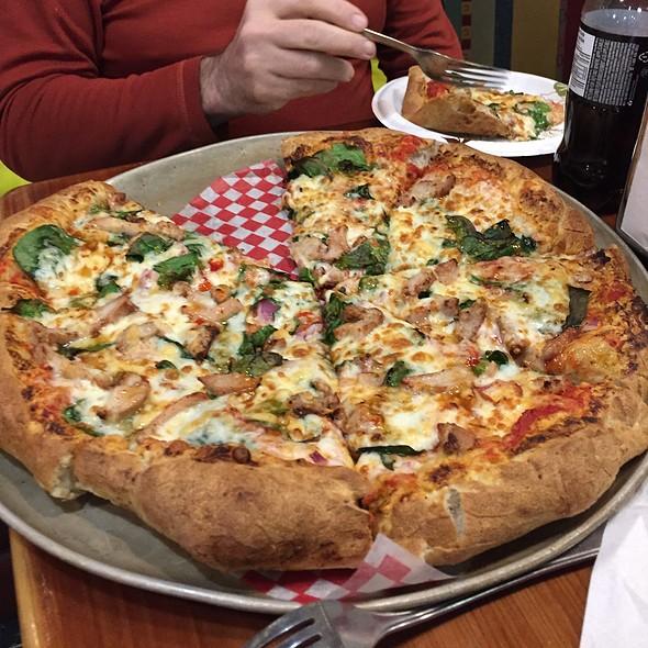 Thai Delight Pizza @ Underground Bakery