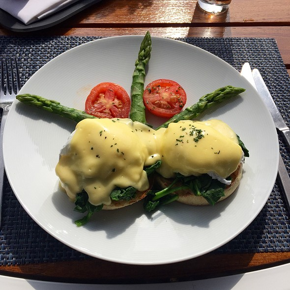 Eggs Florentine - The Roof Garden at The Peninsula Beverly Hills, Beverly Hills, CA