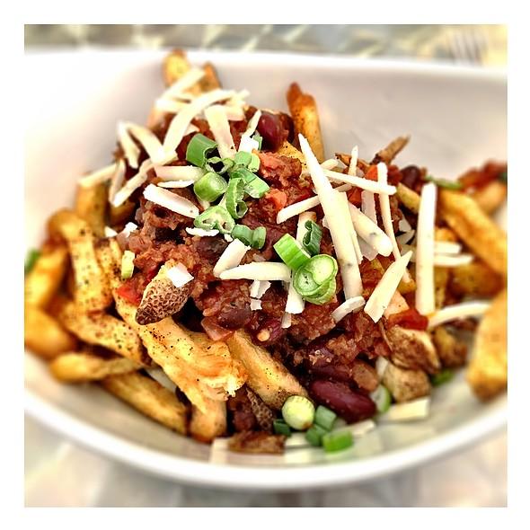 Vegan Chili Cheese Fries @ Cosmic Treats
