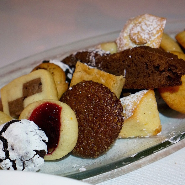 Cookies @ Restaurant Naha