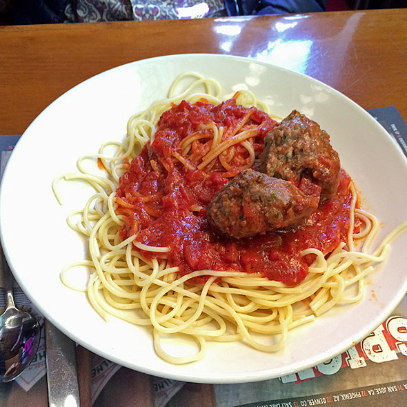Sicilian Meatball with Spaghetti & Marinara