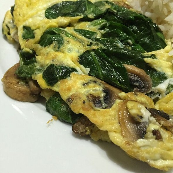 Spinach, Mushroom & Cheese Omelette