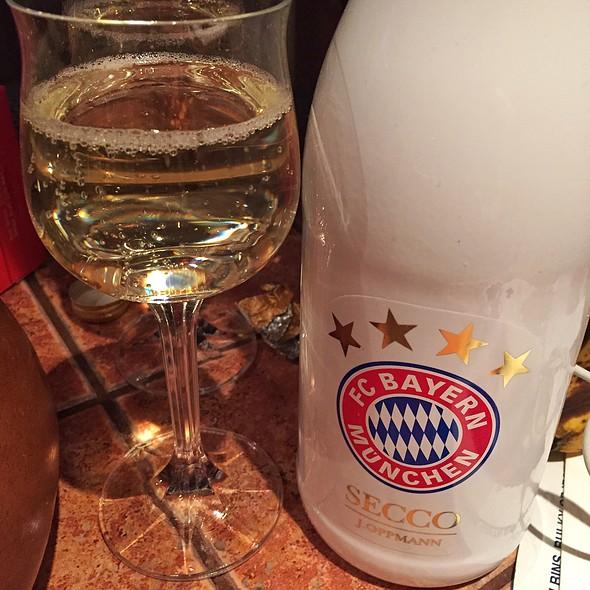 F.C. Bayer München Secco