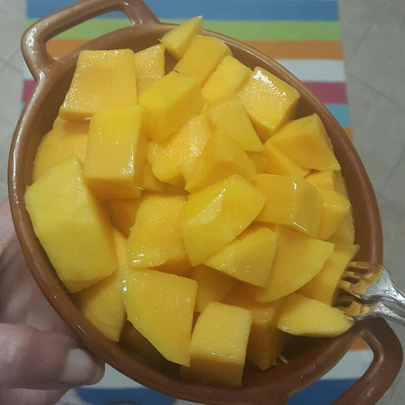 Freshly Diced Mangoes