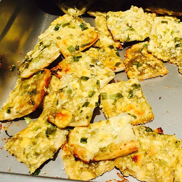 Fig Bleu Cheese Flatbreads @ Uno Lakefront Arena