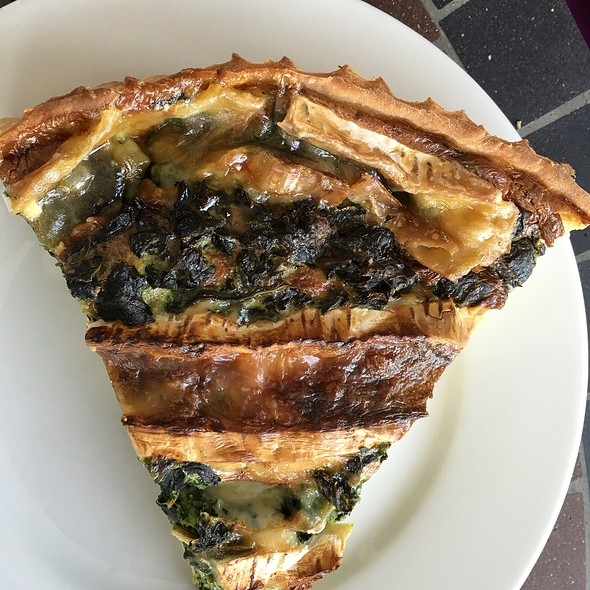 Spinach And Brie Quiche @ Le Cafe de Paris