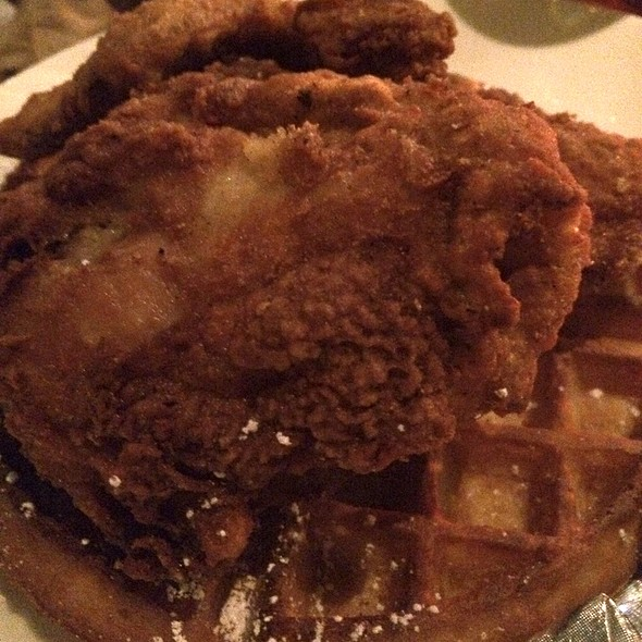 Fried Chicken And Waffle - Home Restaurant - Los Feliz, Los Angeles, CA