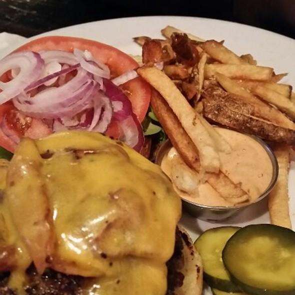 Cheeseburger @ Johnny Rad's