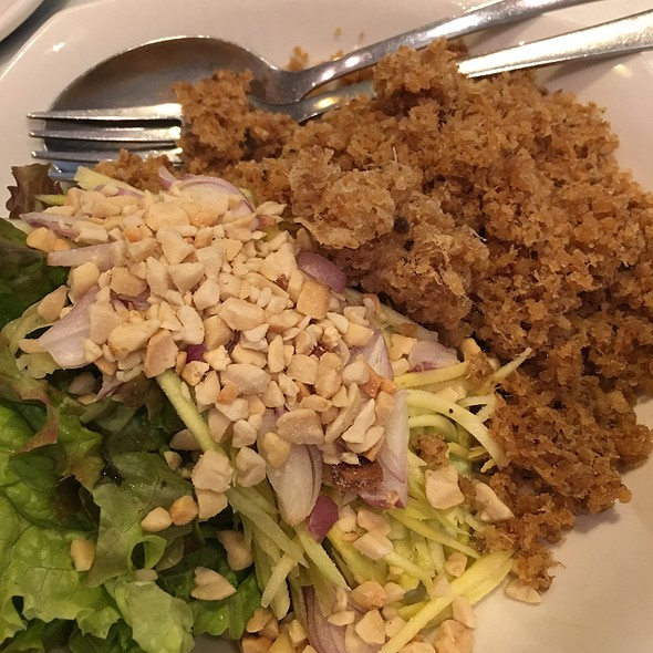 Catfish Salad @ Thaipan
