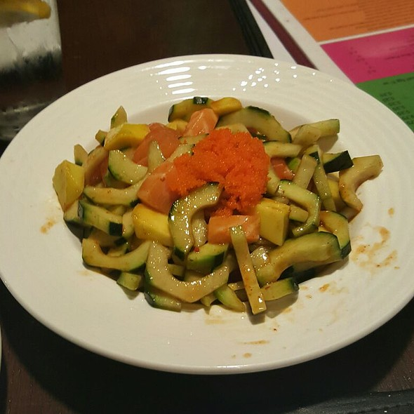 Mango Cucumber Salmon Kimchee Salad @ Little Tokyo