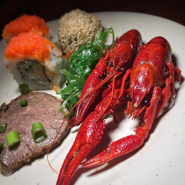 Crawfish @ Koy Wan Hibachi Buffet