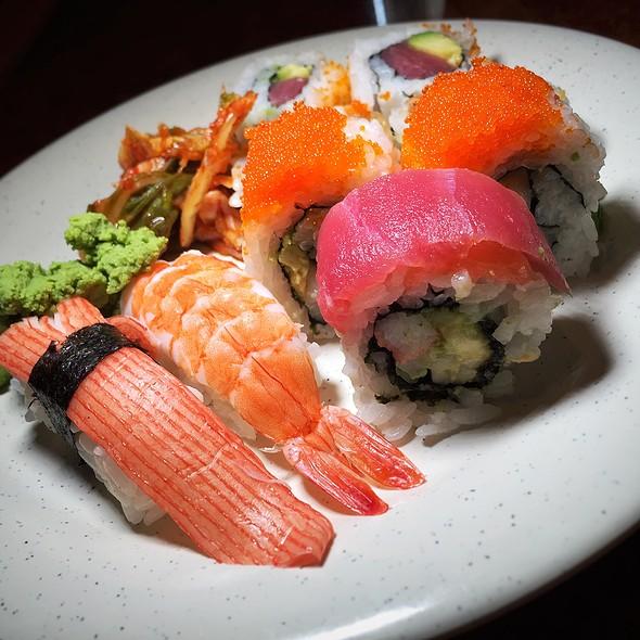 Sushi Buffet @ Koy Wan Hibachi Buffet