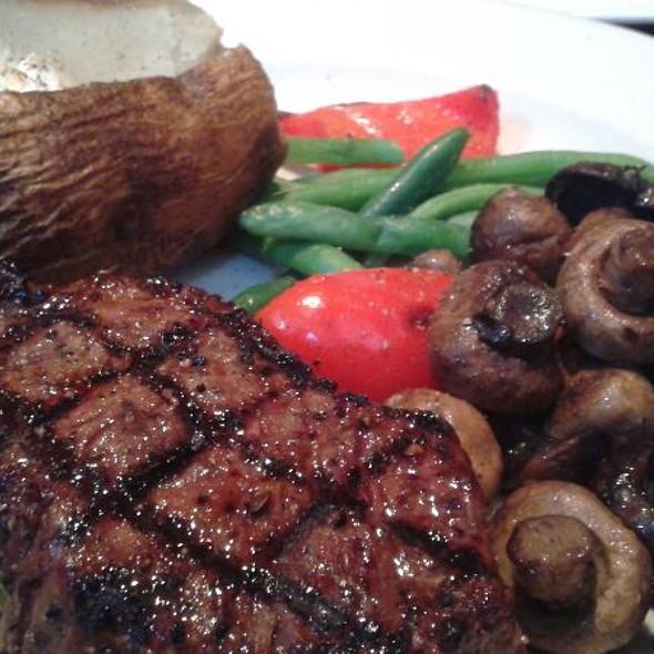 Steak Dinner @ The Keg Steakhouse & Bar - Lynnwood