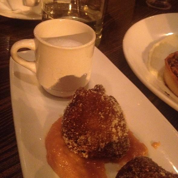 Cappauccino & Donuts