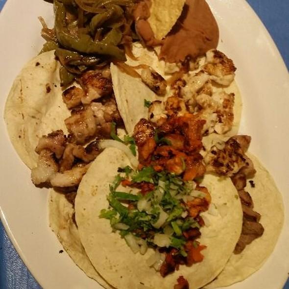 Mariachi Tacos @ La Parrilla