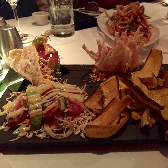 East Meets West Tuna - Chart House Restaurant - Boston, Boston, MA