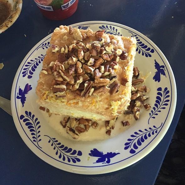 T Leches Cake @ La Gloria Ice House