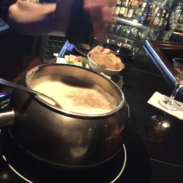 Alpine Cheese Fondue @ The Melting Pot