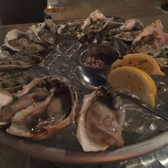 Oysters @ Acme