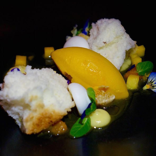 Mango & citrus, angel food cake, lemon curd, mandarin