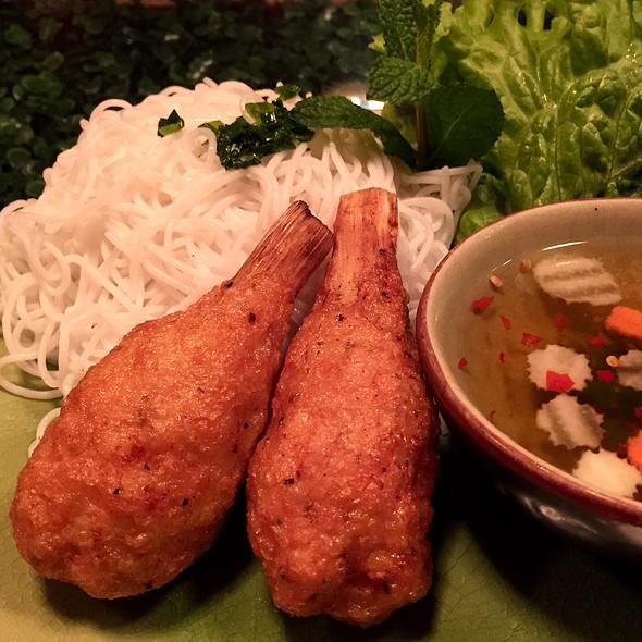 Chao Tom (Shrimp paste on Sugar Cane) @ Cyclo