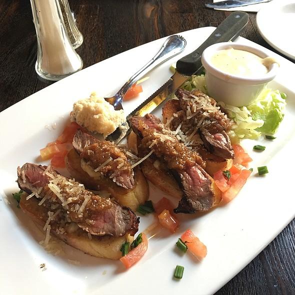 Empire Builder Steak Bruschetta With Bacon Jam @ Tycoons Alehouse & Eatery