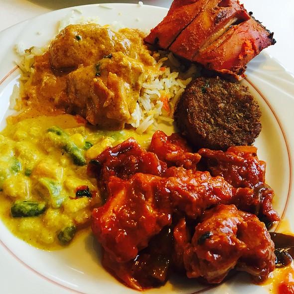 Indian Buffet Dinner @ Al-Noor