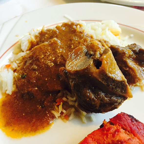 Oxtail Over Indian Rice