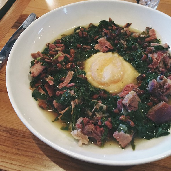 egg-yolk ravioli @ Gold Cash Gold