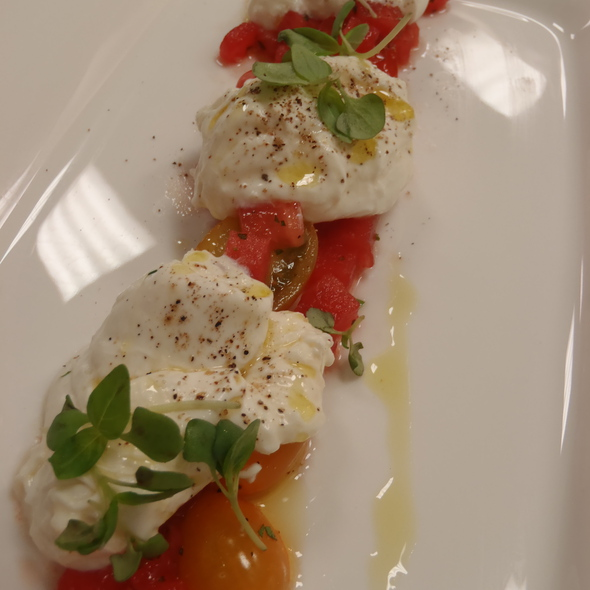 Burratta Salad