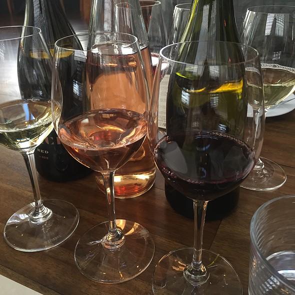 Wine Flight @ Downtown Wine Bar