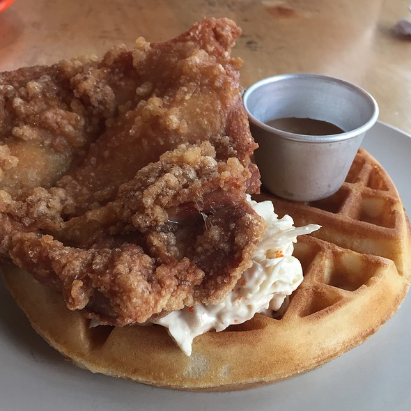 Fried Chicken & Waffle  @ Sin Lee Foods