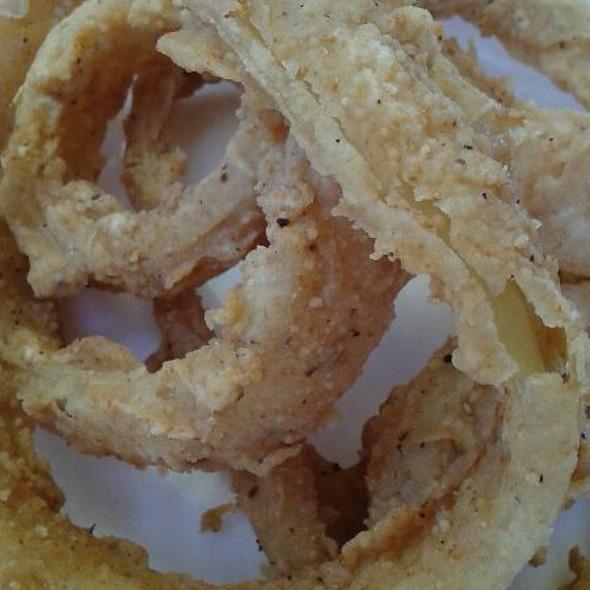 Onion Rings @ Sirg Wings N More
