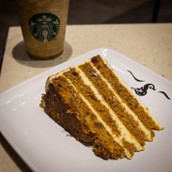 Carrot Cake @ Starbucks