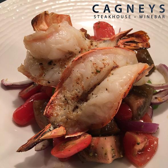 Grilled Shrimp Salad - Cagneys, Mississauga, ON