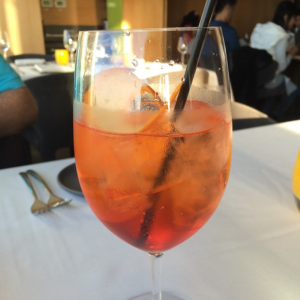 Aperol Spritz @ George's At the Cove