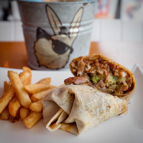 Burrito de Marlin @ El Burro Playero