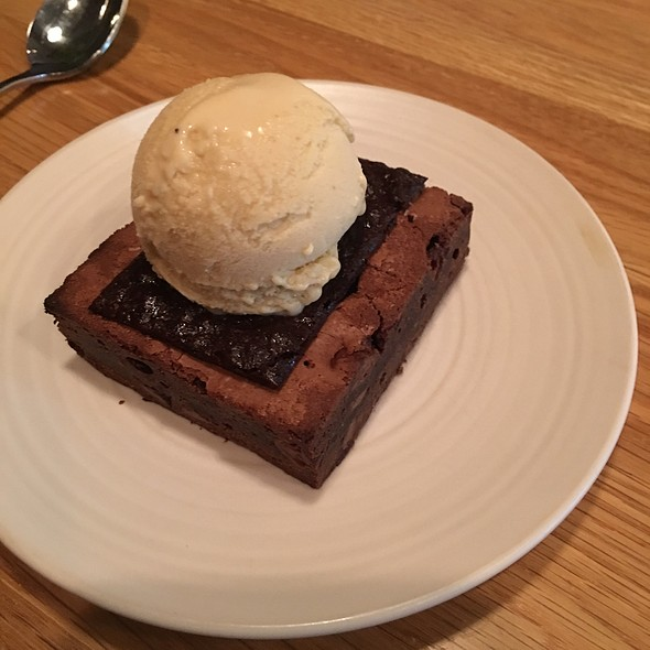 Brownie With Pb Ice Cream @ Al's Place