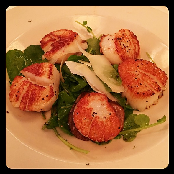 Sea Scallops @ Mr B's Bistro