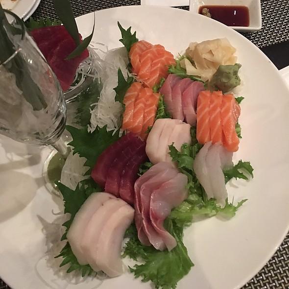 Sashimi @ Bay Ridge Sushi