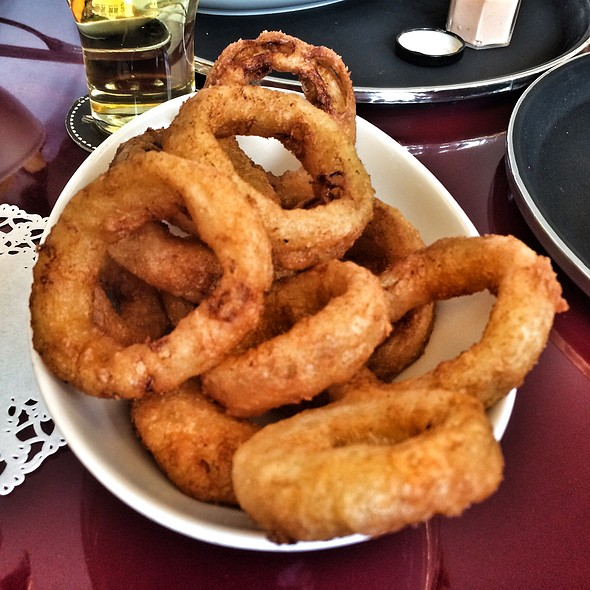Onion Rings @ Helvti Diner
