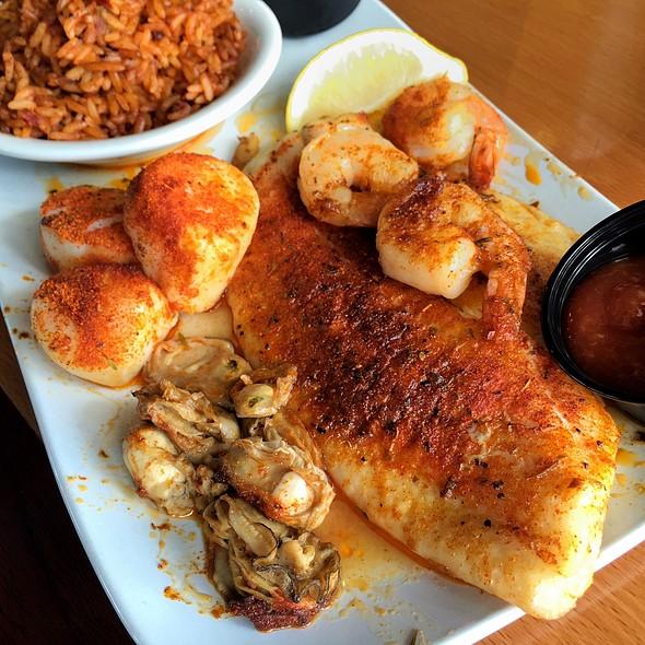Ultimate Seafood Combo @ R.B. Seafood Restaurant