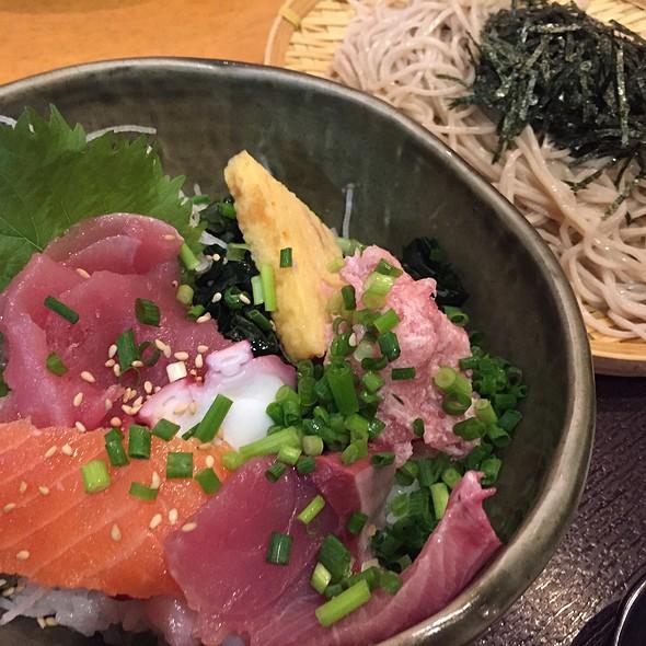 そばと海鮮丼のランチ @ 旬食・おそば なごみ
