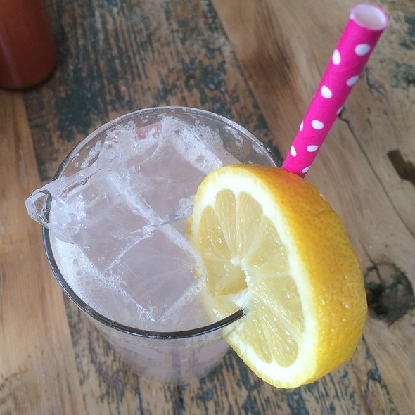 Lavendar Lemonade @ Rose's Fine Food