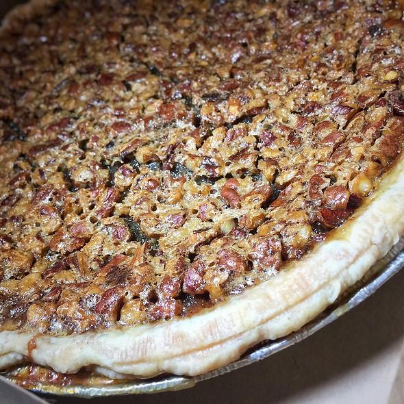 Pecan Pie @ Rykse's Restaurant