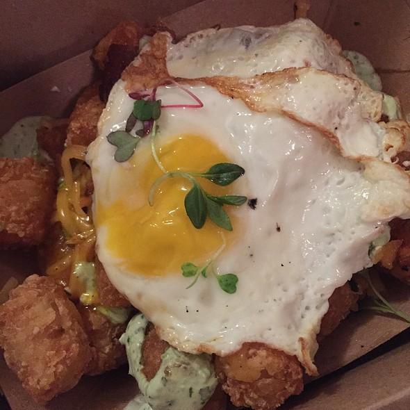 Crisp Tots & Local Egg @ Velvet Taco